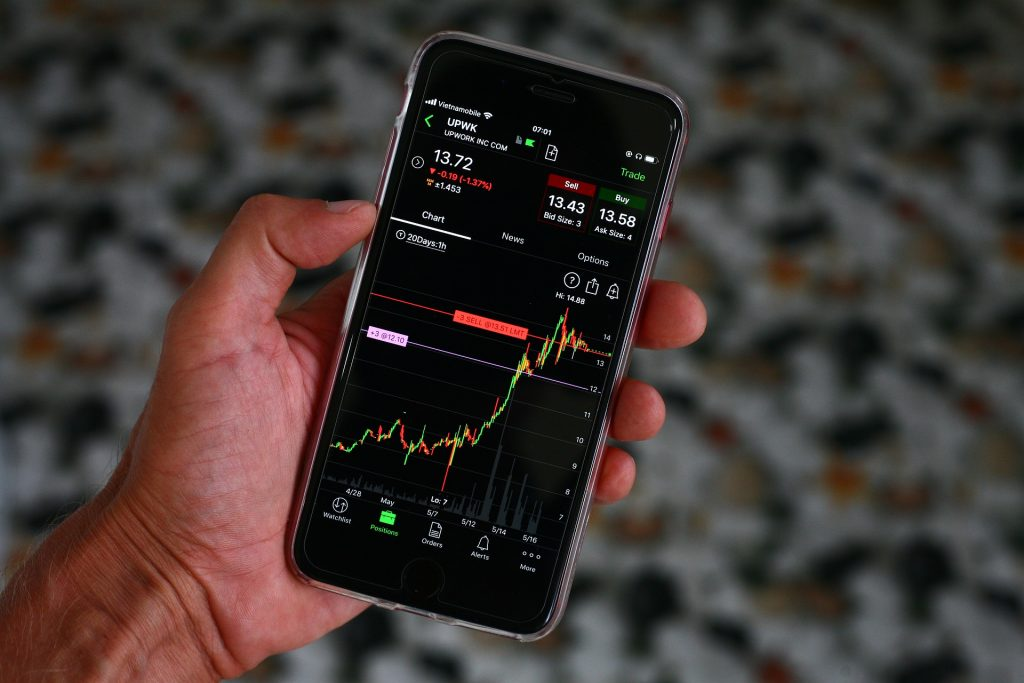 Best Tech Stock To Invest