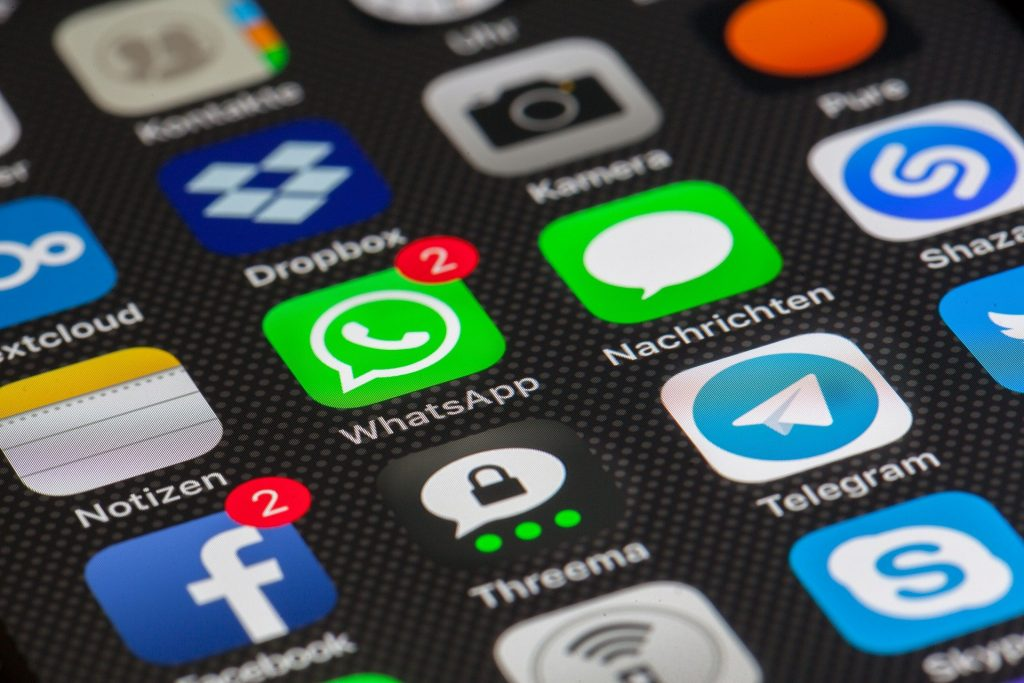 10 highly Famous Instant Messaging App