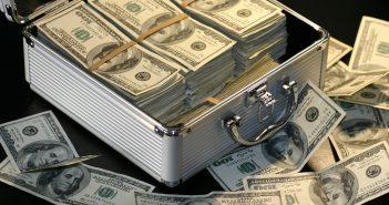 Top 10 Rich Canadians